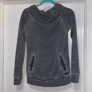 Roxy Pullover, cowl neck w/button detail, XS, Gray